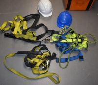 3 x Scaffolders Safety Harnesses and Hard Hats PME180