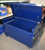 1 x TradeSafe Tool Storage Chest Ideal For Use on Worksites and Vans To Help Protect Tools