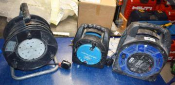 3 x 240v Plug Extension Cable Reels PME225