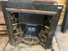 1 x Rare Antique Victorian Cast Iron Fire Insert With Patterned Tiles To Sides - Dimensions: Width