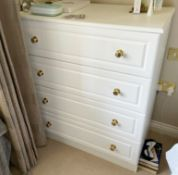 2 x Chests of Bedroom Drawers With a White Finish and Brass Hardware - Size: H105 x W92 x D49
