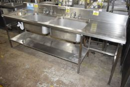 1 x Commercial Kitchen Wash Station With Two Large Sink Bowls, Mixer Taps, Drainer, Handfree Wash