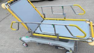 1 x Merivaara 'Emergo' Electric Medical Patient Trolley Bed - Dimensions: 200 x 70 x H54cm - CL011