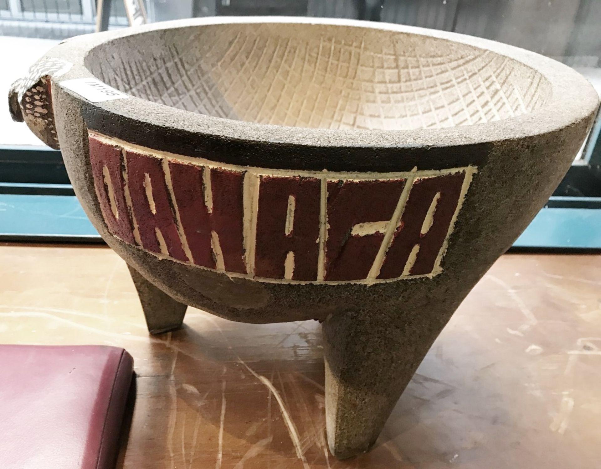 1 x Stone Pig Style Dahaca Folk Art Griding Bowl - Size H30 x W40 cms - CL554 - Ref IM195 - - Image 2 of 5