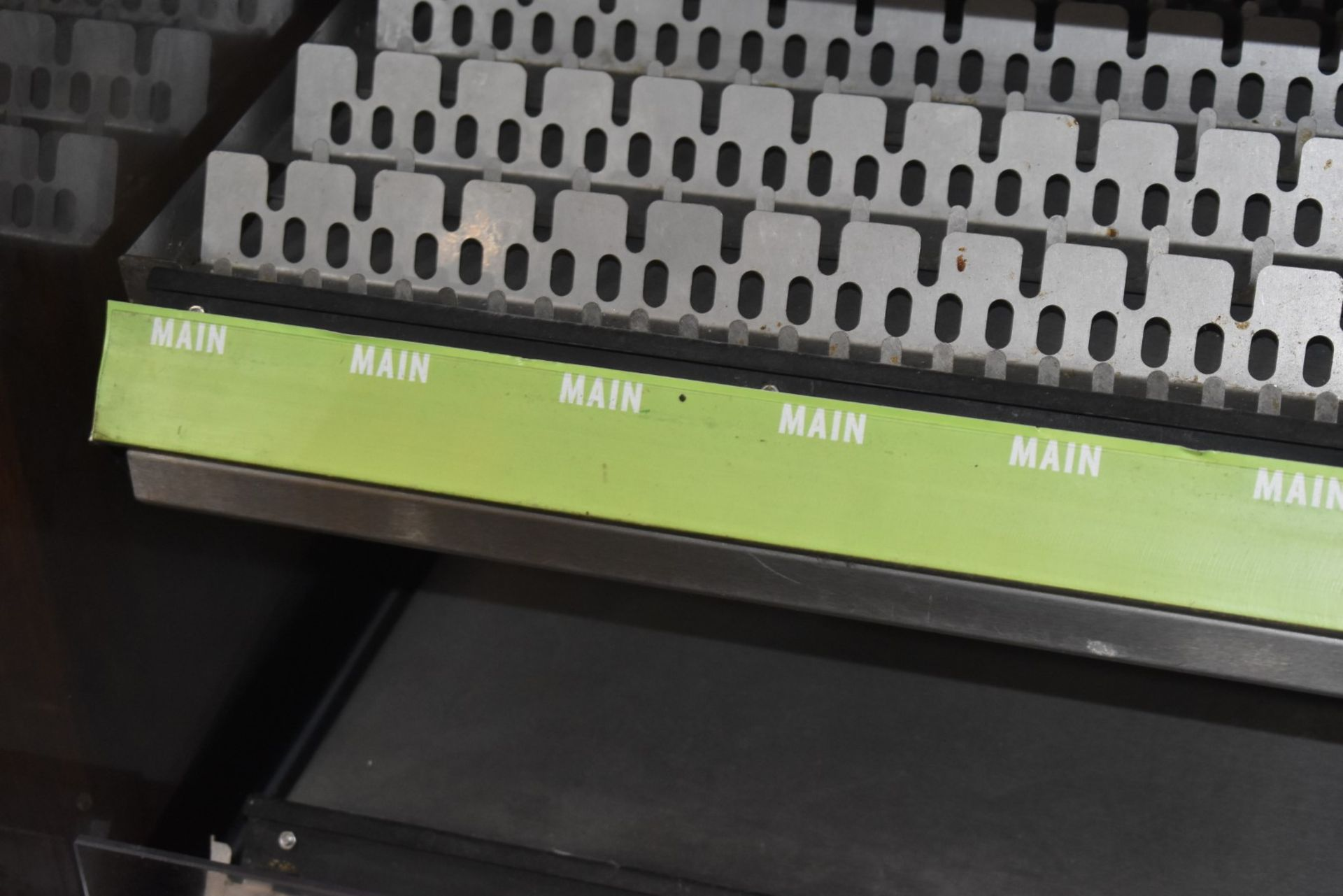 1 x Frijado Multi Deck 60 5 Level Heated Grab and Go Display Warmer - 400v 3 Phase - H197 x W60 x - Image 4 of 7