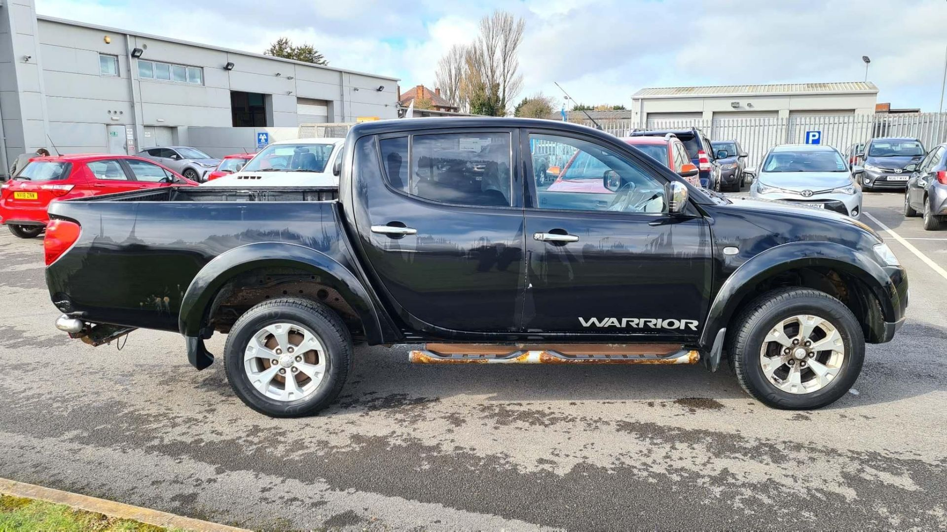 2012 Mitsubishi L200 2.5 DI-D CR Warrior LB Double Cab Pickup 4dr Diesel Manual 4WD (EU5, Leather) - - Image 2 of 15