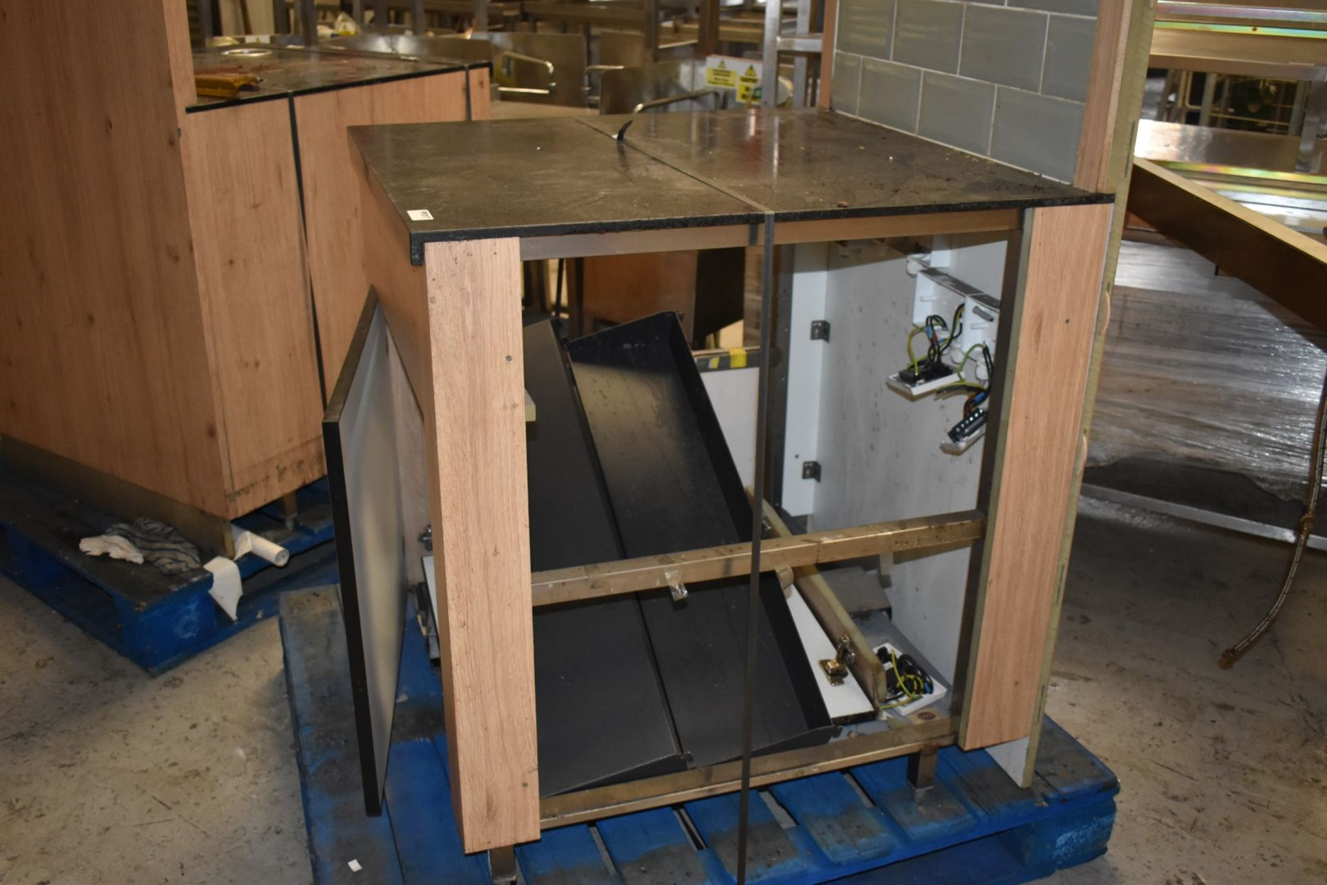 1 x Modern Coffee Machine Stand With Undercabinet Storage and Tiled Back - Size H91 x W80 x D87 - Image 5 of 7