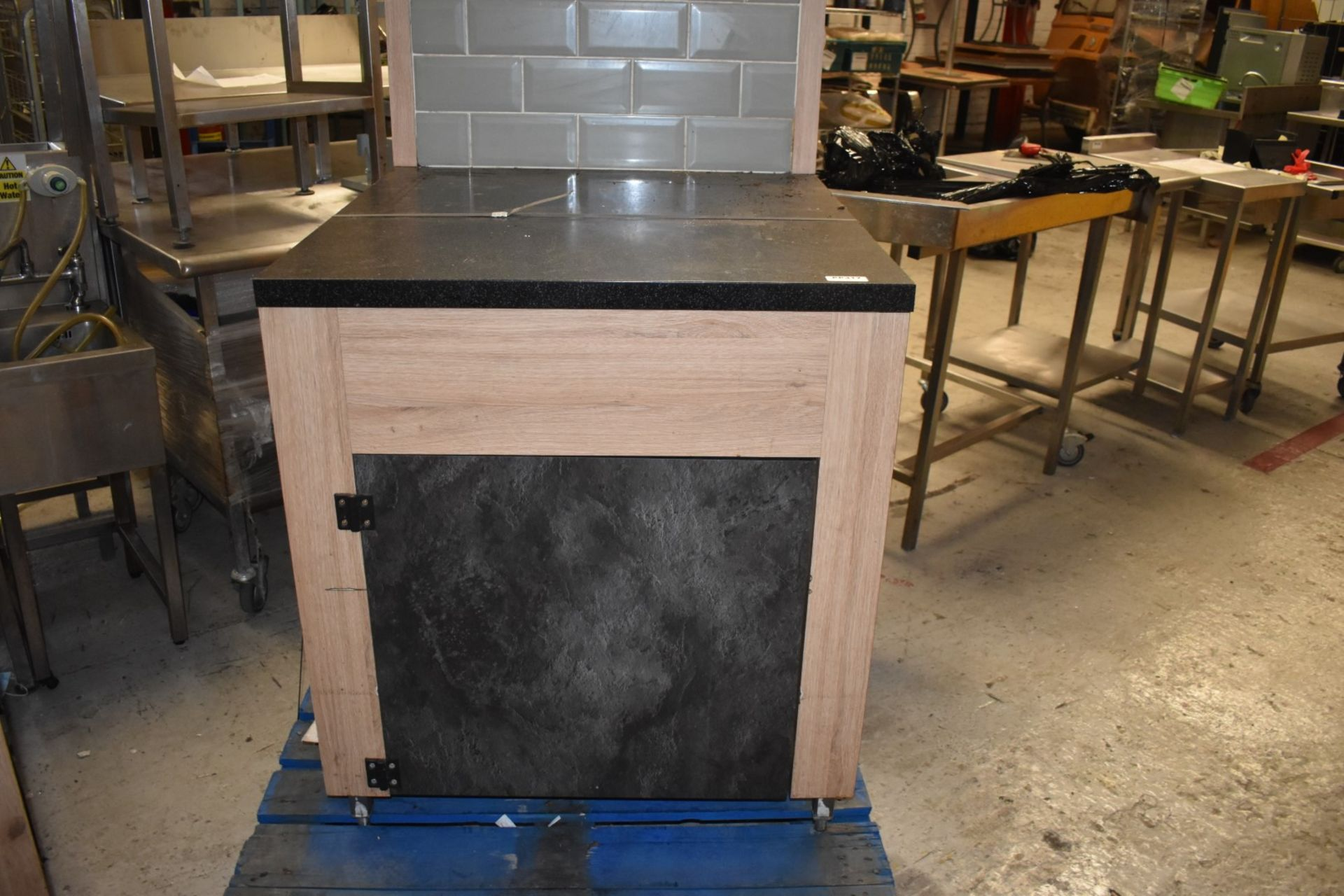 1 x Modern Coffee Machine Stand With Undercabinet Storage and Tiled Back - Size H91 x W80 x D87 - Image 7 of 7