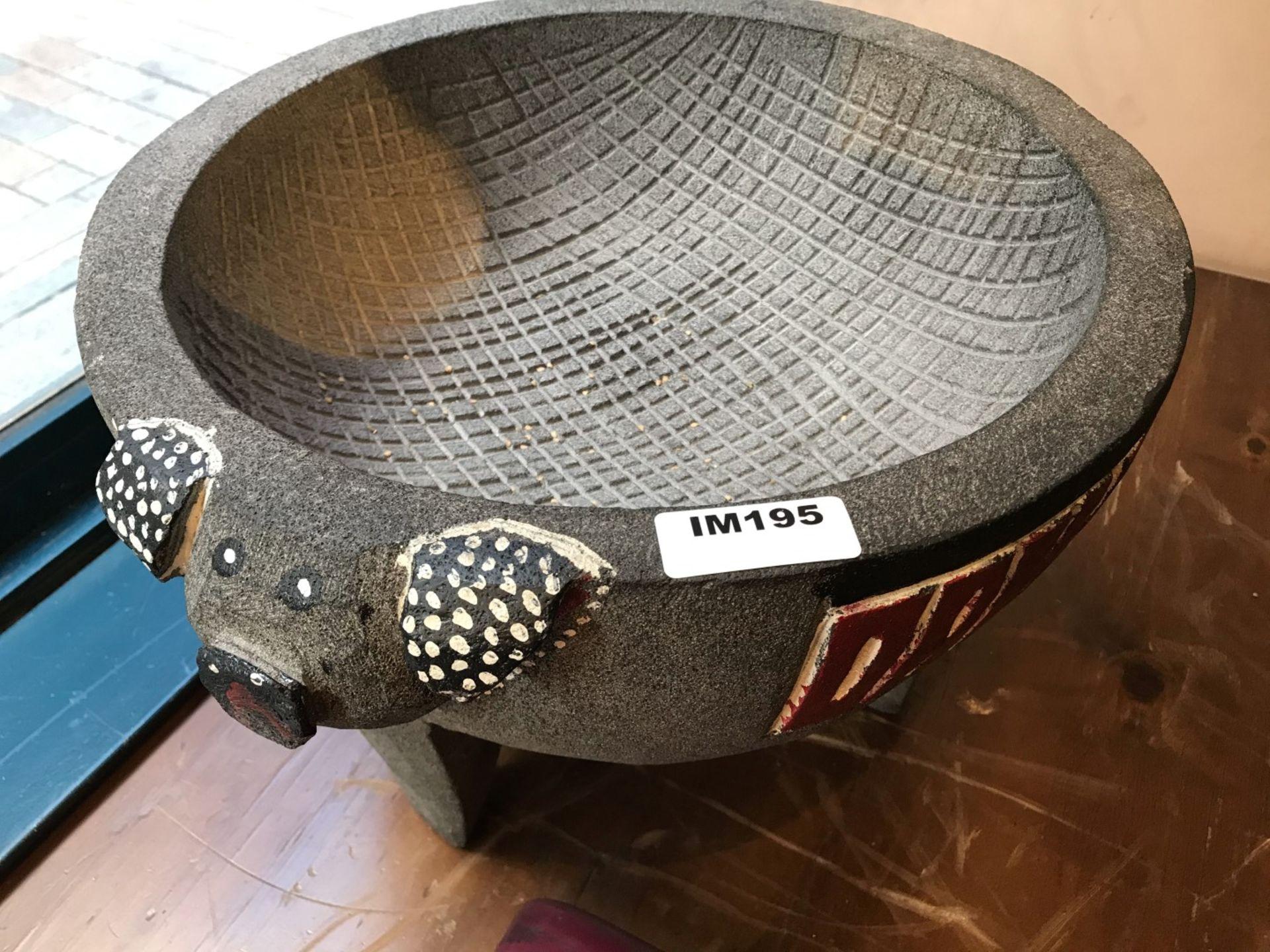 1 x Stone Pig Style Dahaca Folk Art Griding Bowl - Size H30 x W40 cms - CL554 - Ref IM195 - - Image 4 of 5