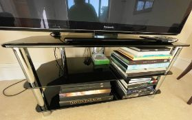1 x Modern TV Stand With Black Glass Shelves and Chrome Supports - Size: H52 x W105 x D45 cms - NO