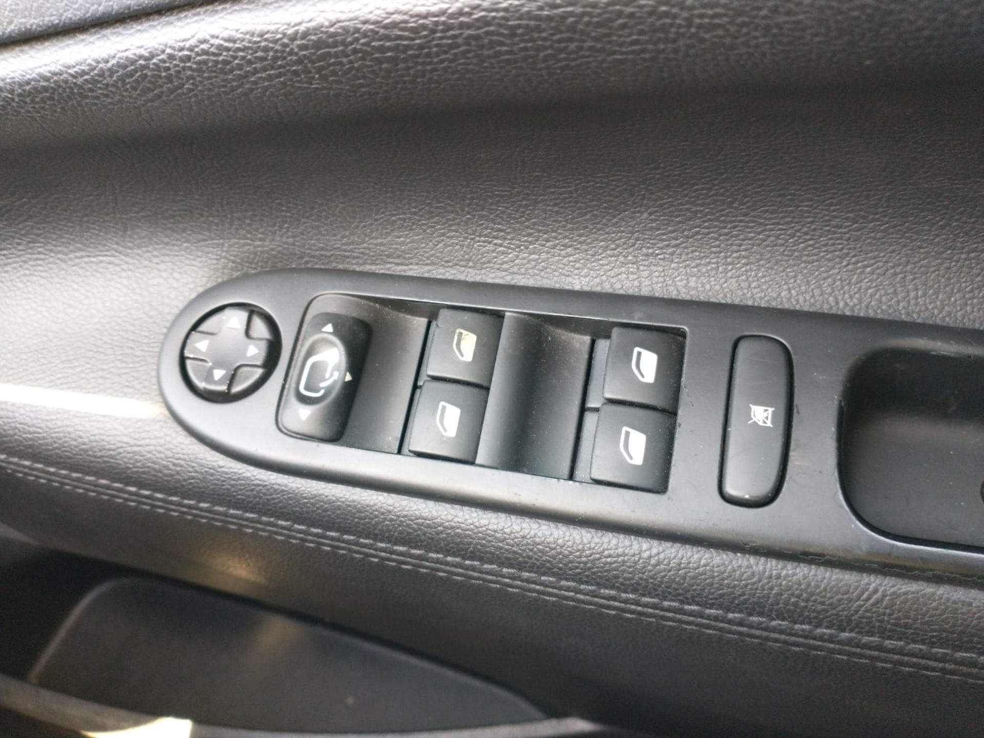 2012 Peugeot 207 Allure 1.6 5DR Hatchback - Image 2 of 16