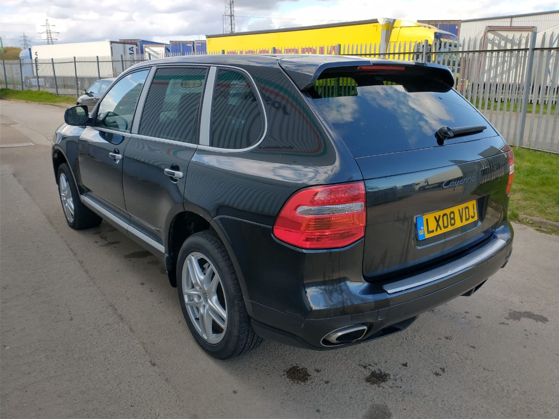 2008 Porsche Cayenne Tiptronic 3.6 5Dr SUV - CL505 - NO VAT ON THE HAMMER - Location: Corby, Northam - Image 5 of 16