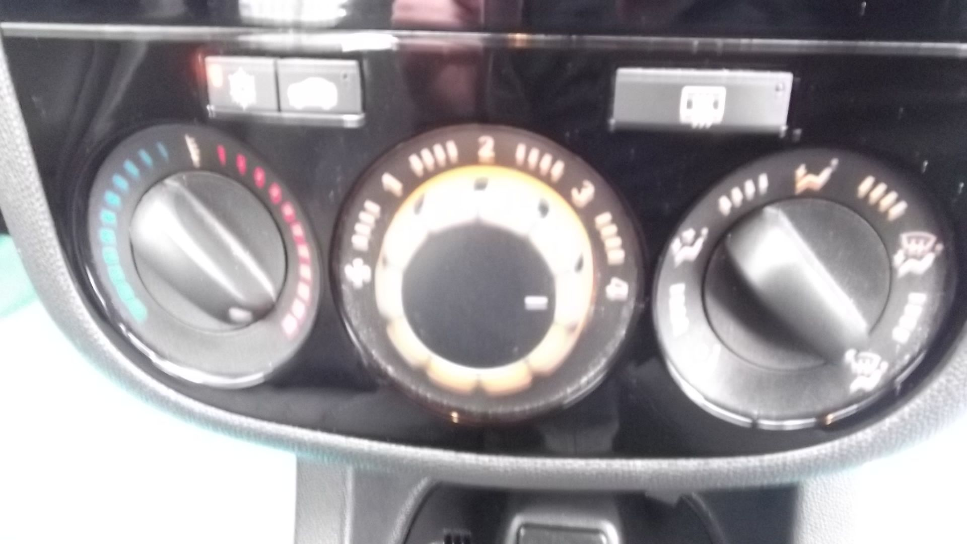 2014 Vauxhall Corsa Se 5Dr Hatchback - Full Service History - CL505 - NO VAT ON THE HAMMER - - Image 5 of 24