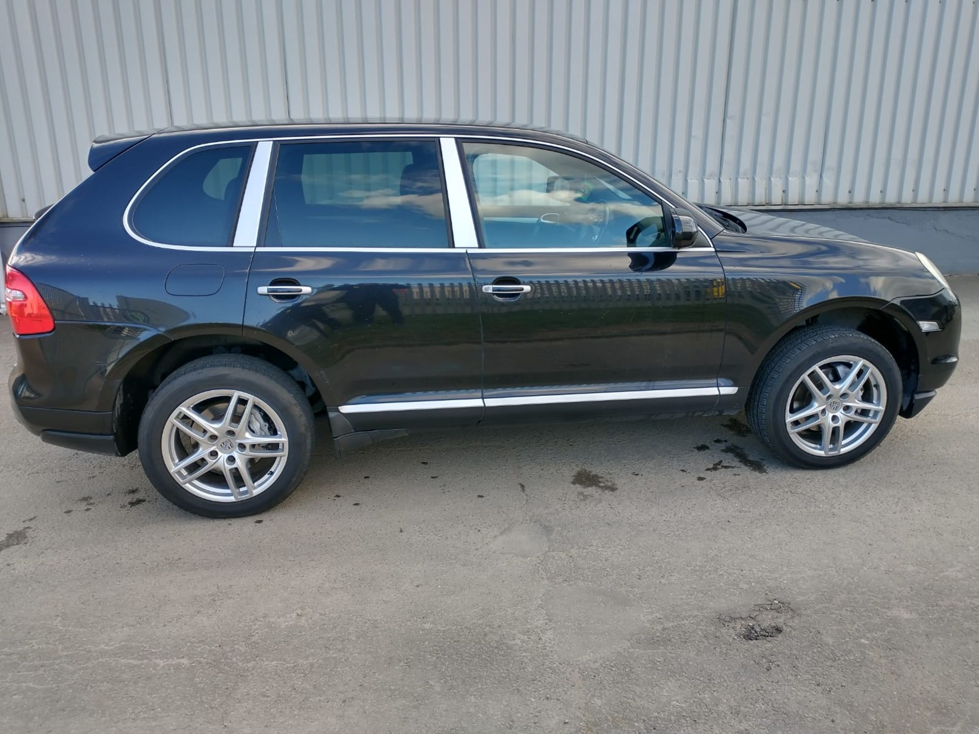 2008 Porsche Cayenne Tiptronic 3.6 5Dr SUV - CL505 - NO VAT ON THE HAMMER - Location: Corby, Northam - Image 15 of 16