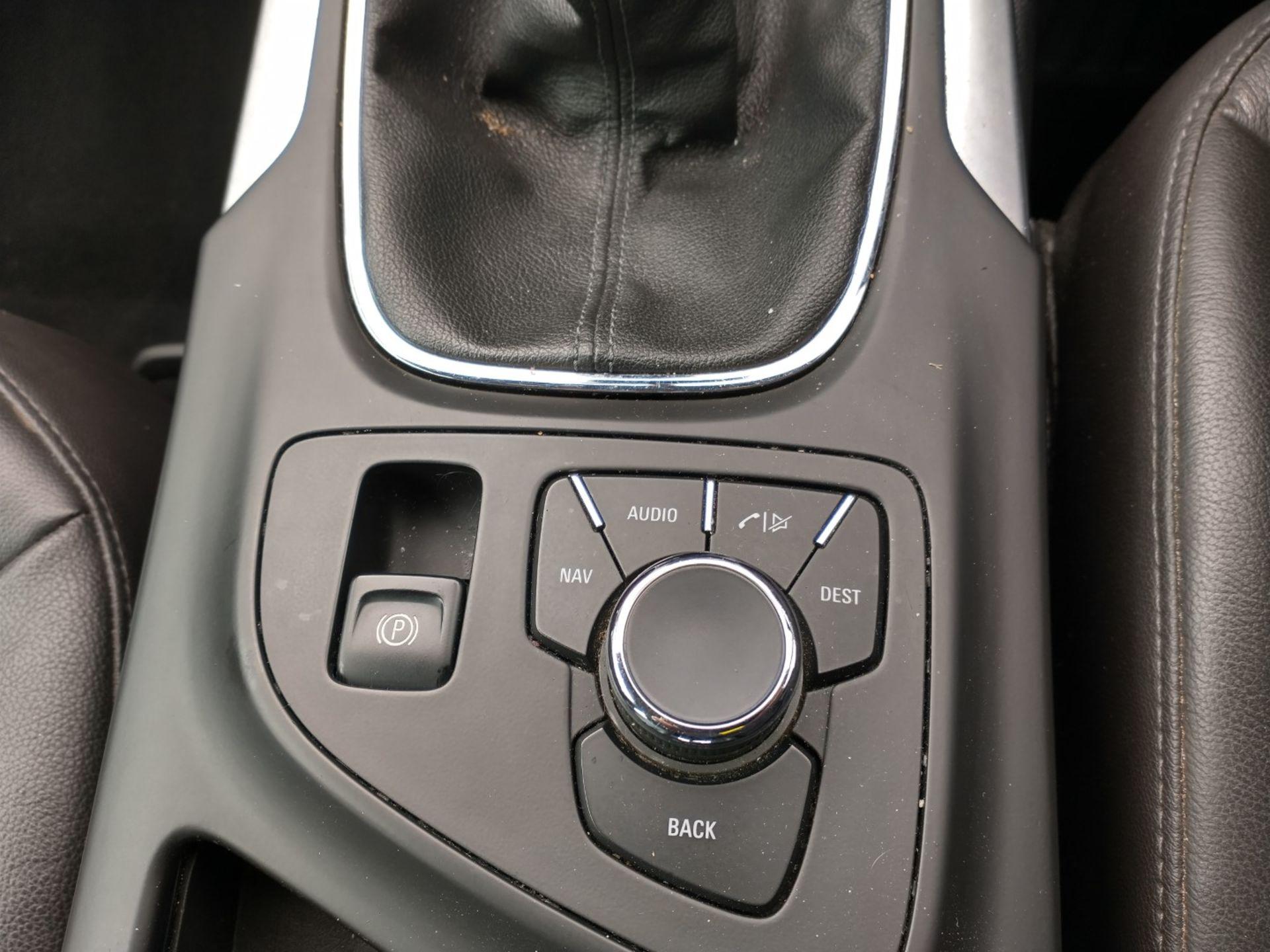 2009 Vauxhall Insignia Elite Nav CDTI 5dr 2.0 Diesel - CL505 - NO VAT ON THE HAMMER - Location: Corb - Image 19 of 22