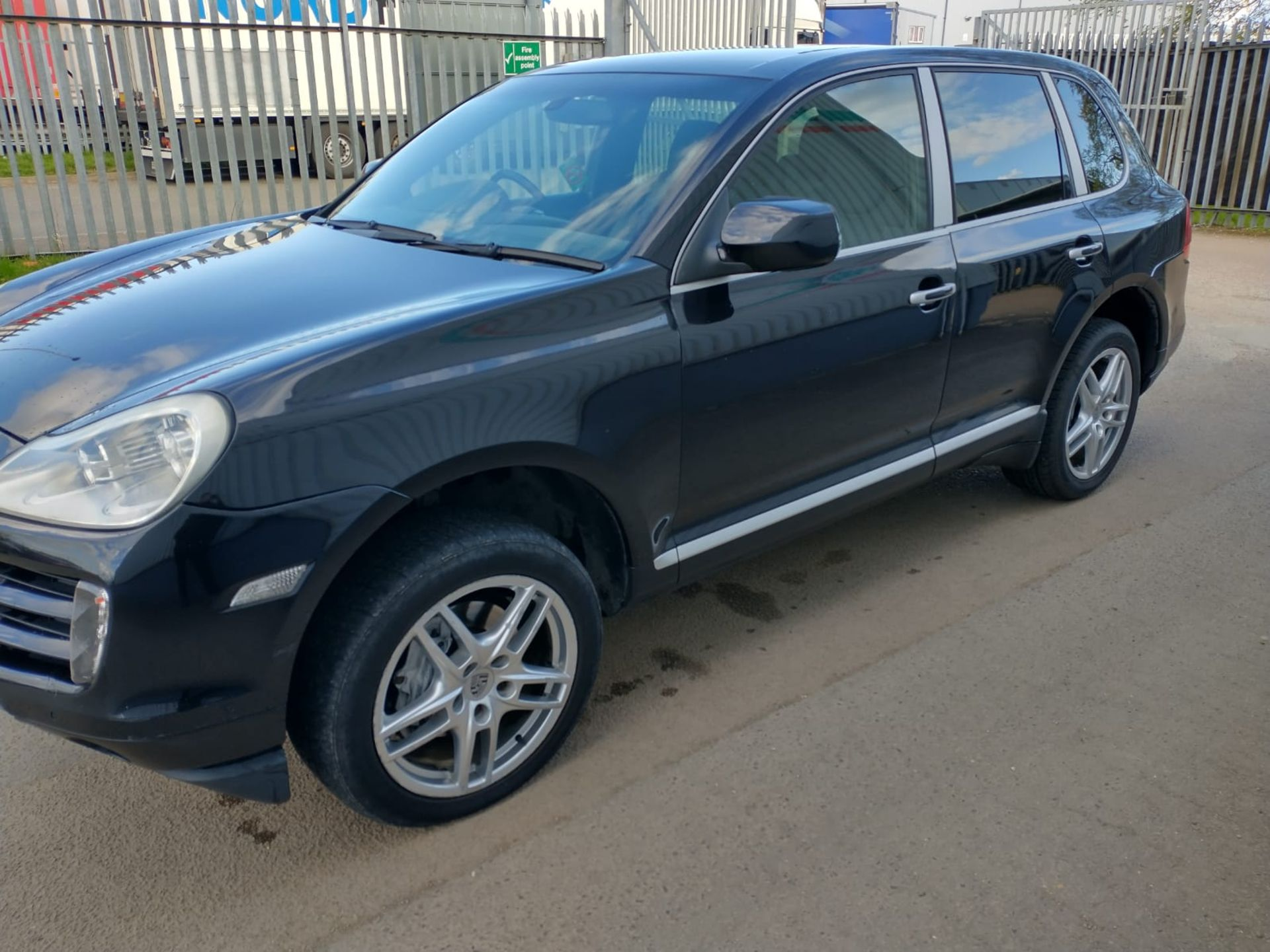 2008 Porsche Cayenne Tiptronic 3.6 5Dr SUV - CL505 - NO VAT ON THE HAMMER - Location: Corby, Northam - Image 3 of 16