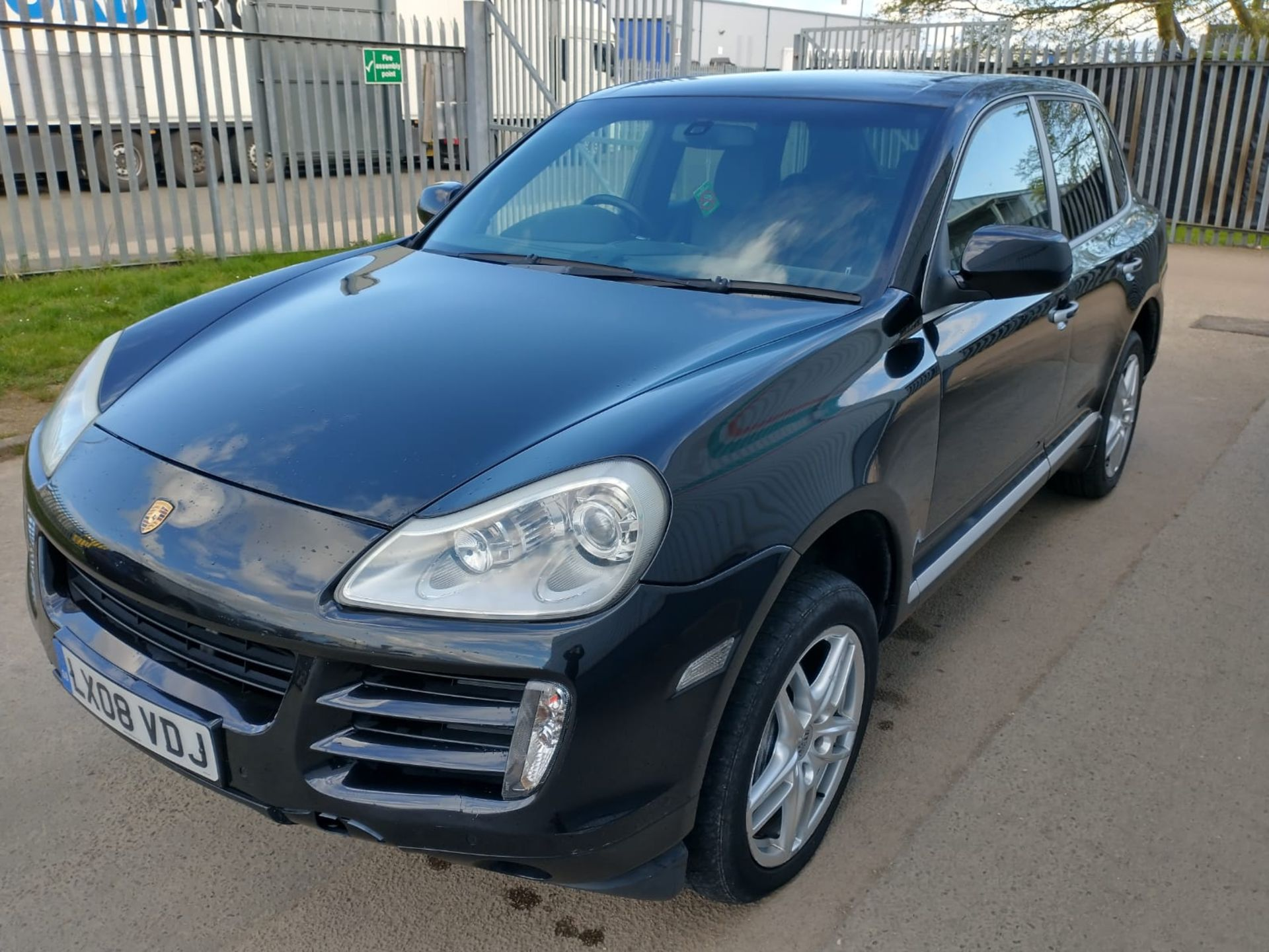 2008 Porsche Cayenne Tiptronic 3.6 5Dr SUV - CL505 - NO VAT ON THE HAMMER - Location: Corby, Northam - Image 2 of 16
