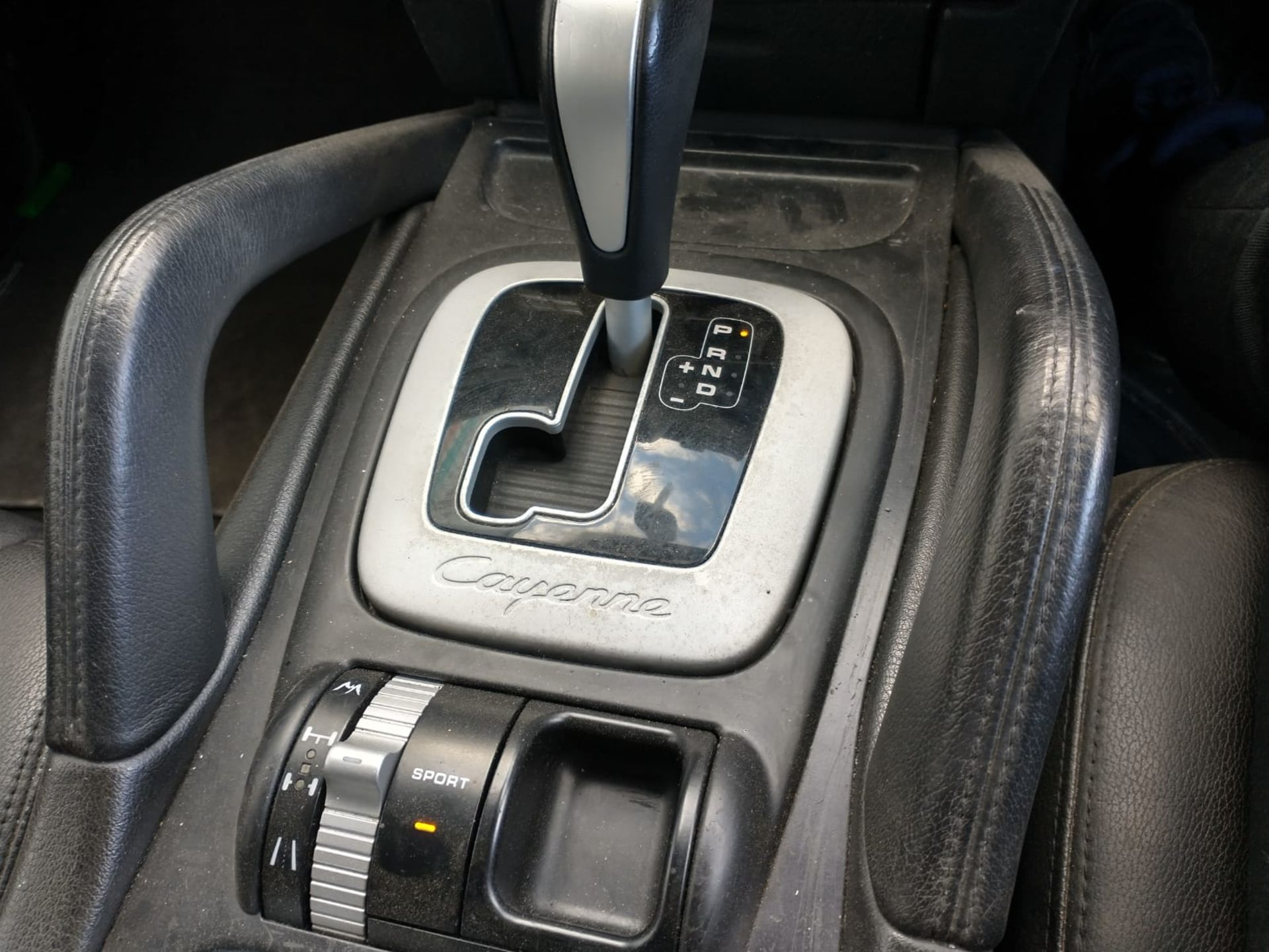 2008 Porsche Cayenne Tiptronic 3.6 5Dr SUV - CL505 - NO VAT ON THE HAMMER - Location: Corby, Northam - Image 13 of 16