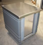 1 x Grundy Commercial Mobile Unit With Stainless Top, Plastic Side Protector Panels, Space to
