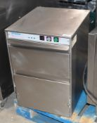 1 x Lamber Newscan NS200 Compact Glasswasher With Stainless Steel Exterior - 240v -Recently