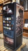 1 x Klix Outlook Hot and Cold Drinks Vending Machine