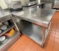 1 x Stainless Steel Prep Table With Undershelf - Dimension: H85 x W140 x D60 cms - Ref: BLVD159 -