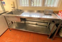1 x Stainless Steel Commercial Wash Basin Unit With Single Bowl, Mixertaps, Upstands, Undershelf and