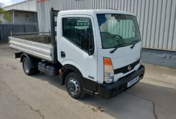 2013 Nissan Cabster 2.5 DCI 35.14 Dropside Truck- CL505 - Location: Corby,