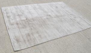 1 x PORADA 'Bright' Luxurious Carpet Rug In A Light Smoke Mocha / Tone - 160x230cm - RRP £1,749