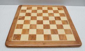 1 x Luxury Shisham Wooden Chessboard - W53 x D53 x H2.5cm - Ref: HHW006/JUL21 - CL679 - Location: