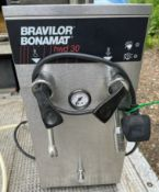 1 x Bravilo Bonamat HWD 30 Water and Steam Boiler With Stainless Steel Finish - 240V - Suitable