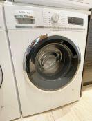 1 x Siemens IQ-500 Integrated 8Kg Washing Machine with 1400 rpm - White - C Rated