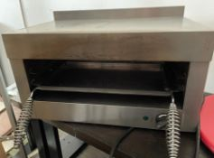 1 x Lincat LGT Salamander Grill With Stainless Steel Finish - 240v Power - CL667 - Location:
