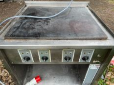 1 x Elro 4 Ring Boiling Top Cooker With 3 Phase Power - Recently Removed From Ex 5 Star Hotel -