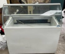 1 x Mondial Elite Eskimo 6 Refrigerated Display Chiller - Model E1412S0000 -CL667 - Location: