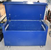 1 x TradeSafe Tool Storage Chest - Ideal For Use on Worksites and Vans To Help Protect Your