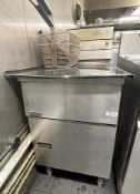 1 x PITCO Commercial Stainless Steel Twin Fryer With 2 x Baskets - Dimensions To Follow - Ref: