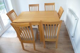 1 x Solid Wood Butterfly Extending Table & 6 Fabric Seat Chairs - CL684 - Location: Thornton PR3 -