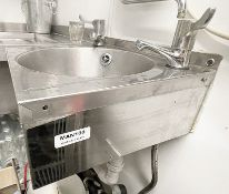 1 x Commercial Stainless Steel Wall Mounted Washing Station - Ref: MAN100 - CL677 - Location: London