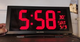 1 x Large LED Clock - Oversized Display - CL682 - Location: Bedford NN29