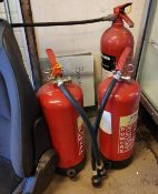 3 x Fire Extinguishers - CL682 - Location: Bedford NN29