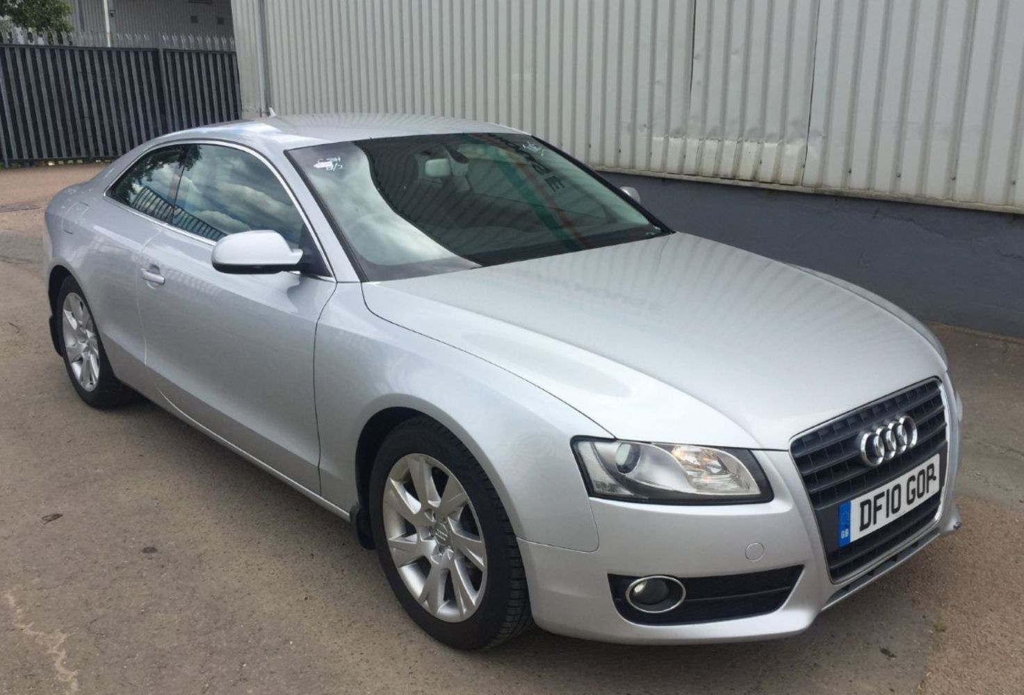 Monday 25th October - Car and Van Auction - Also Featuring Car Parts And Tools