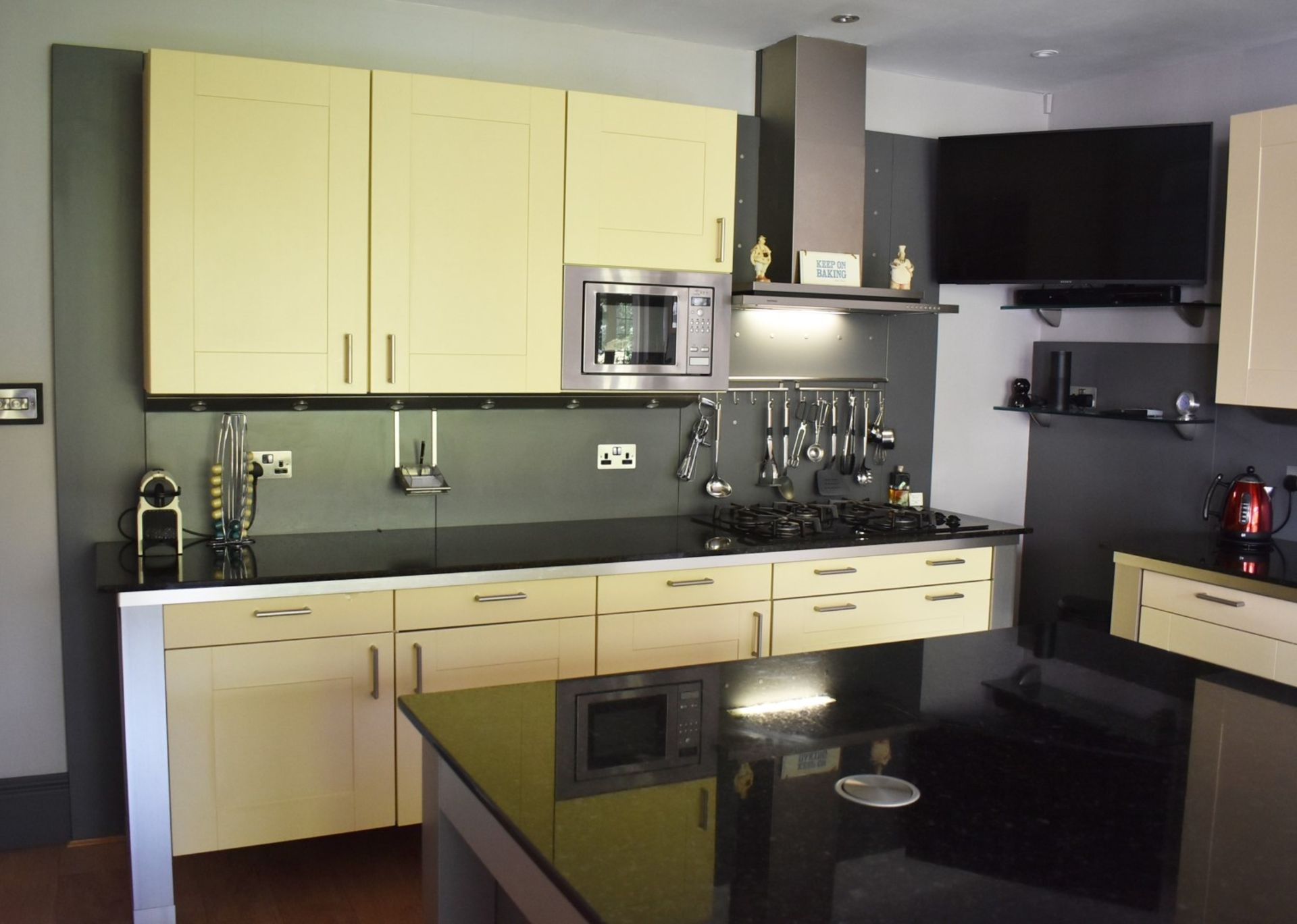 1 x SieMatic Contemporary Fitted Kitchen With Appliances - Features Shaker Style Doors, Central - Image 80 of 96
