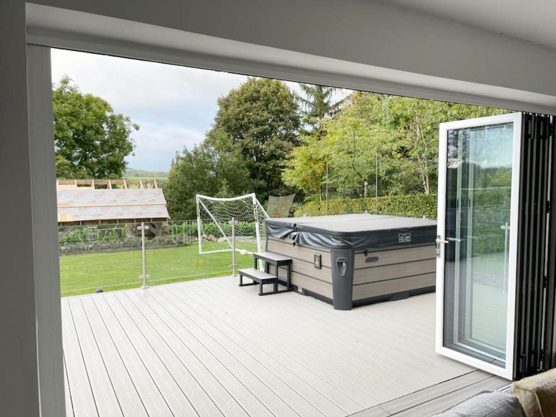 1 x Slide And Fold Bi Fold Doors Including Frames - CL685 - Location: Blackburn BB6 - NO VAT On - Image 6 of 7