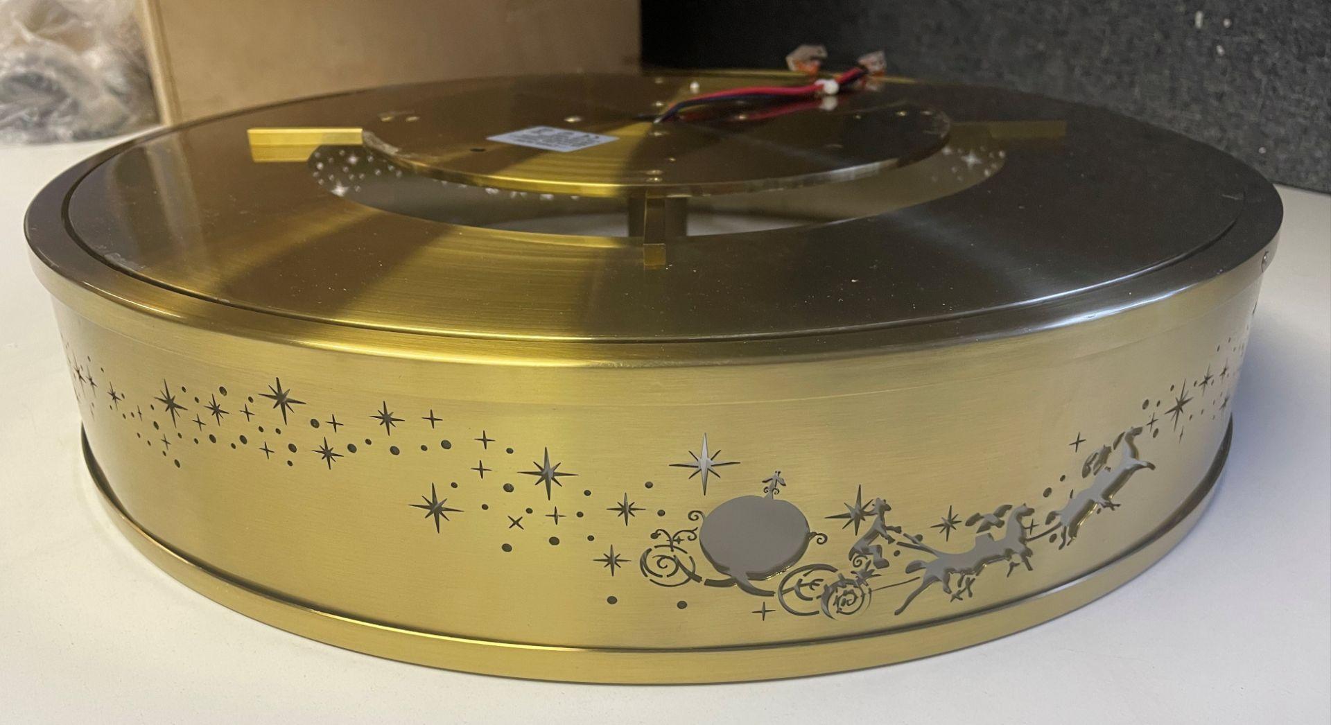 1 x Chelsom 'Disney' New Build Brushed Brass Ceiling Arcade Pendent Light Fitting - Sample we under
