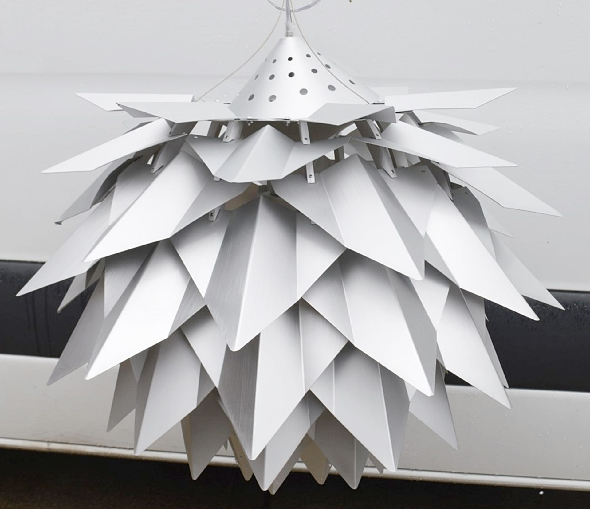 1 x 'Comosus' Statement Ceiling Pendant Light In Aluminium With A Brushed Silver Finish - Image 4 of 6