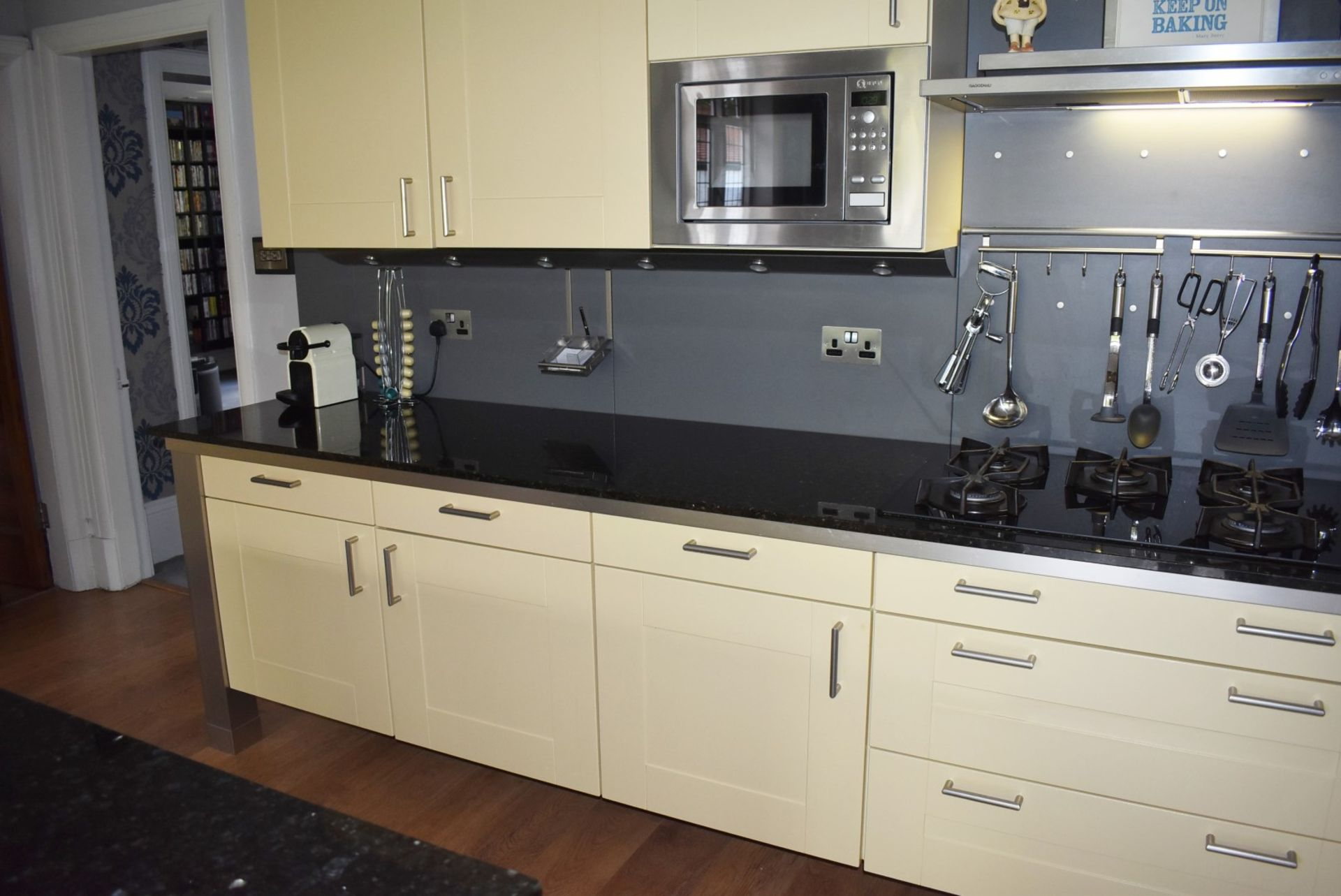1 x SieMatic Contemporary Fitted Kitchen With Appliances - Features Shaker Style Doors, Central - Image 48 of 96