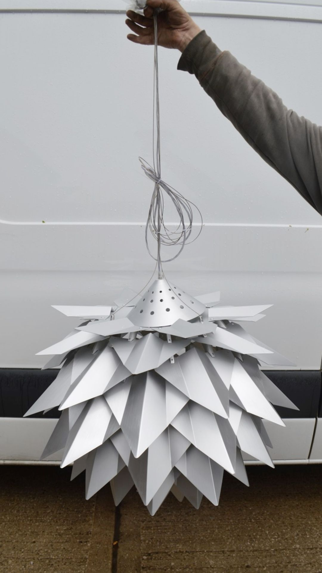 1 x 'Comosus' Statement Ceiling Pendant Light In Aluminium With A Brushed Silver Finish - Image 3 of 6