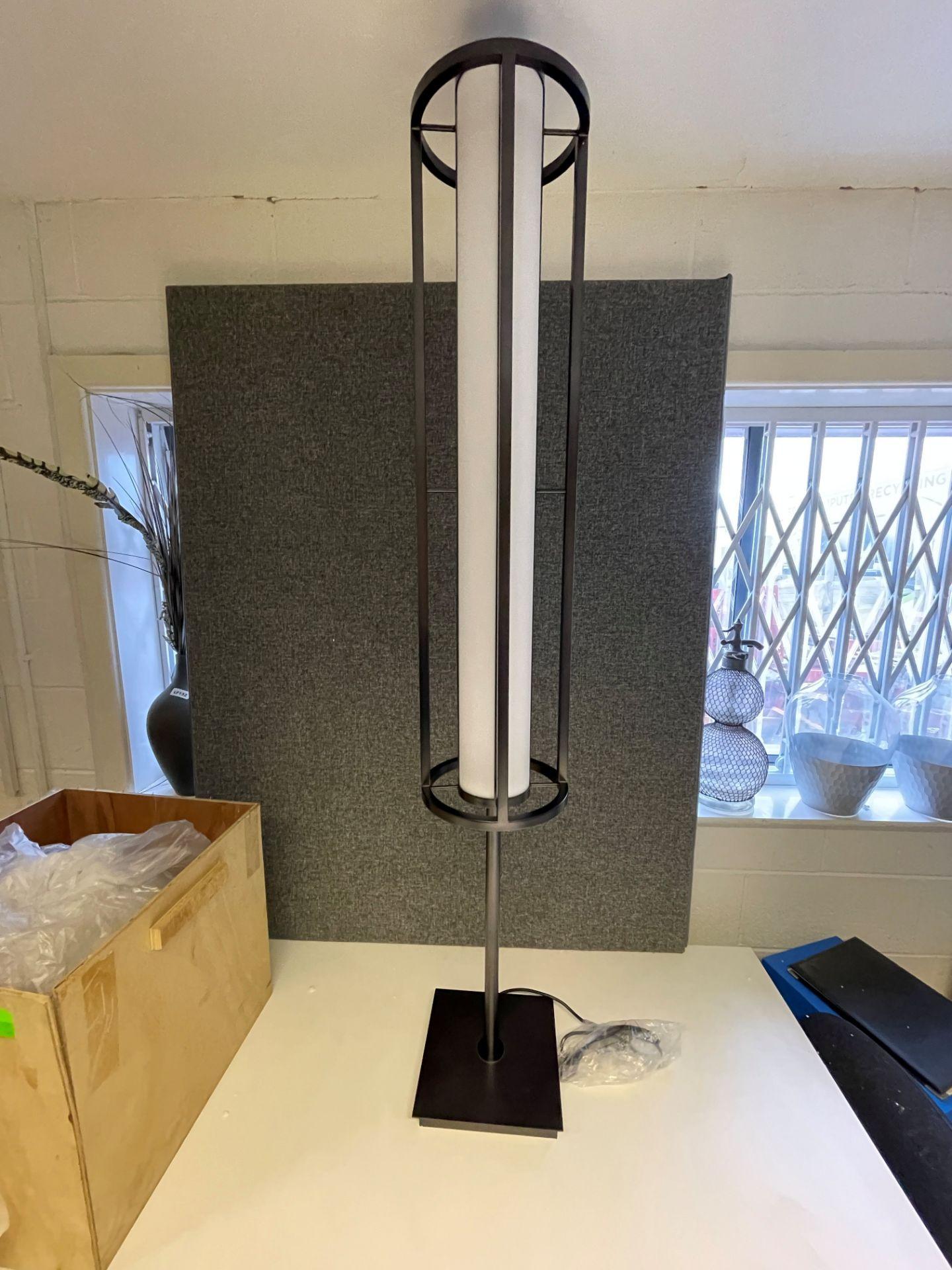 1 x Chelsom Art Deco Style Floor Lamp in Black/Bronze Height 161cm x 30cm Diameter - Ref: CHL197 - - Image 5 of 10