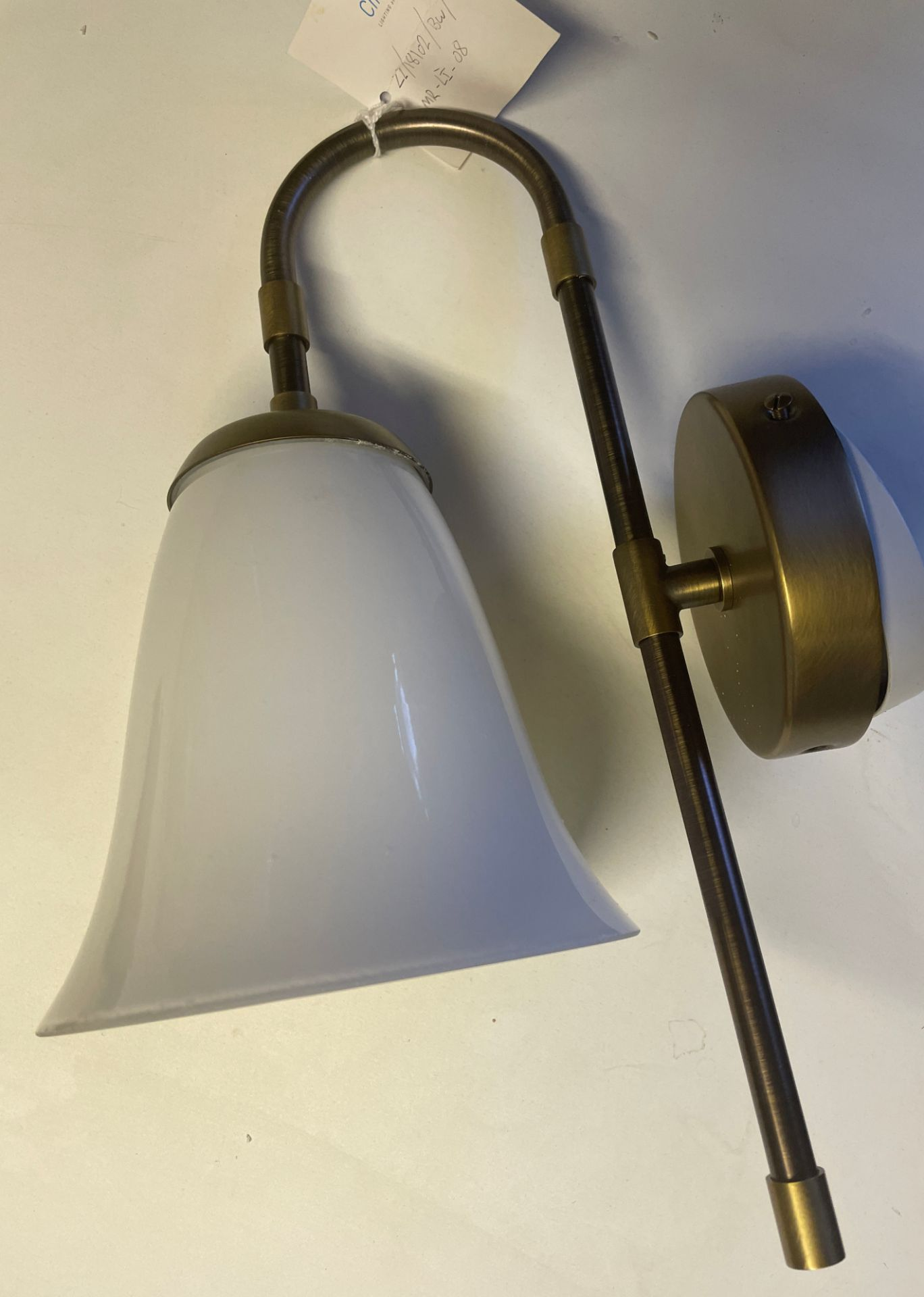 1 x Chelsom brushed brass and bronze Wall Light (height 37cm x depth 24cm) with smoked white glass - Image 5 of 9
